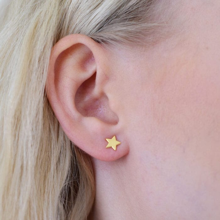 star-studs-guld-sophie-by-sophie-2