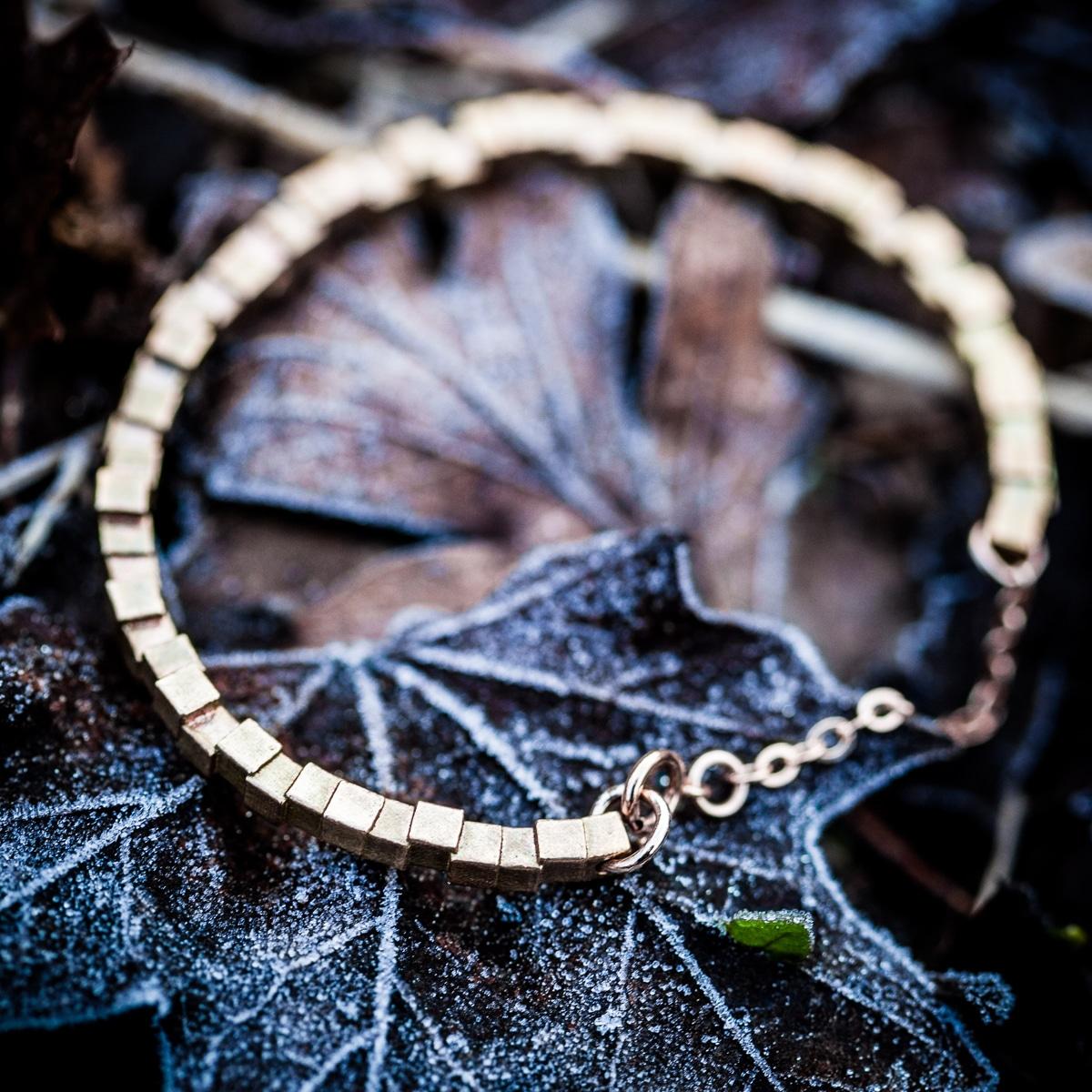 Cubii-bracelet-1.1-raw-bronze-2