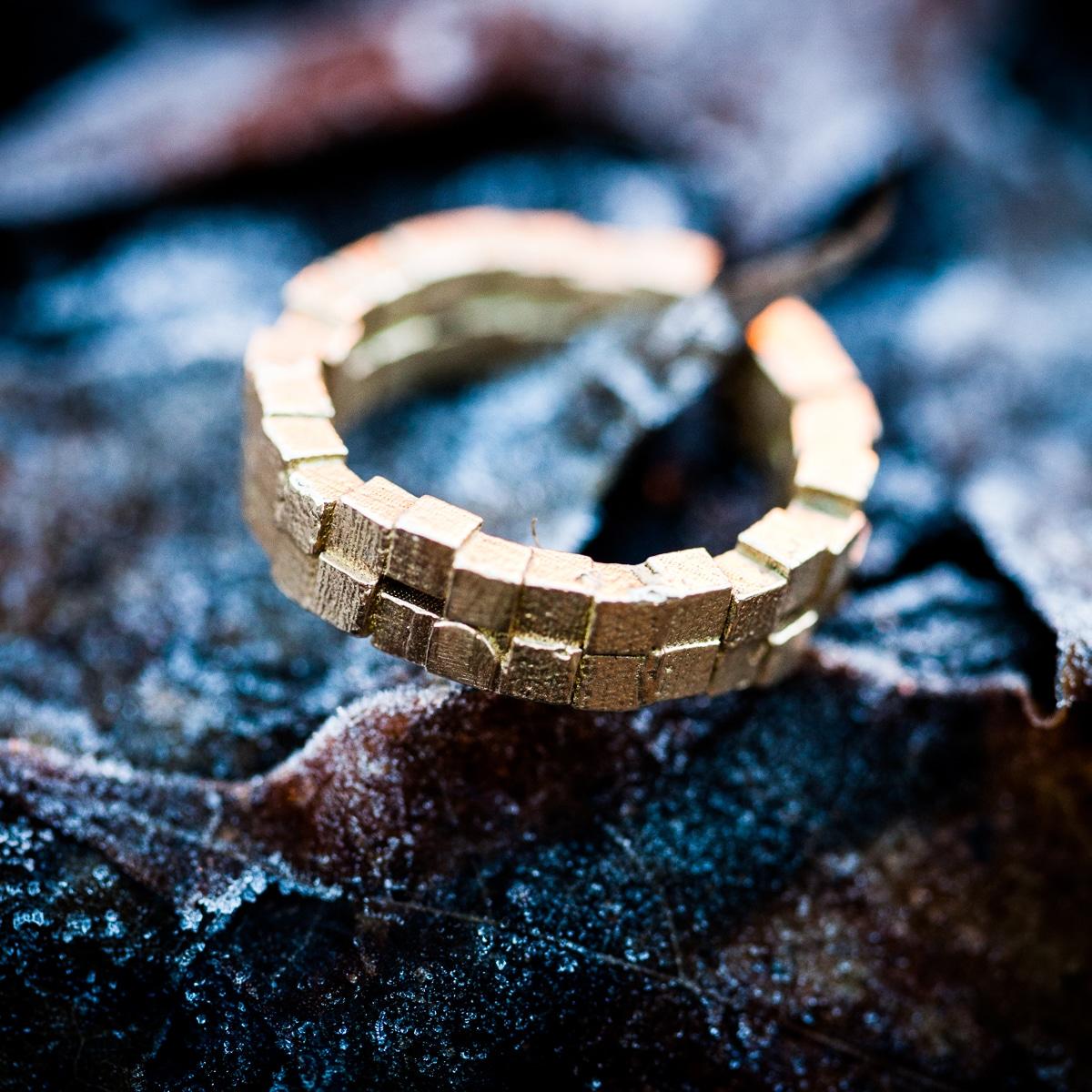Cubii-ring-2.2-mini-raw-bronze-3