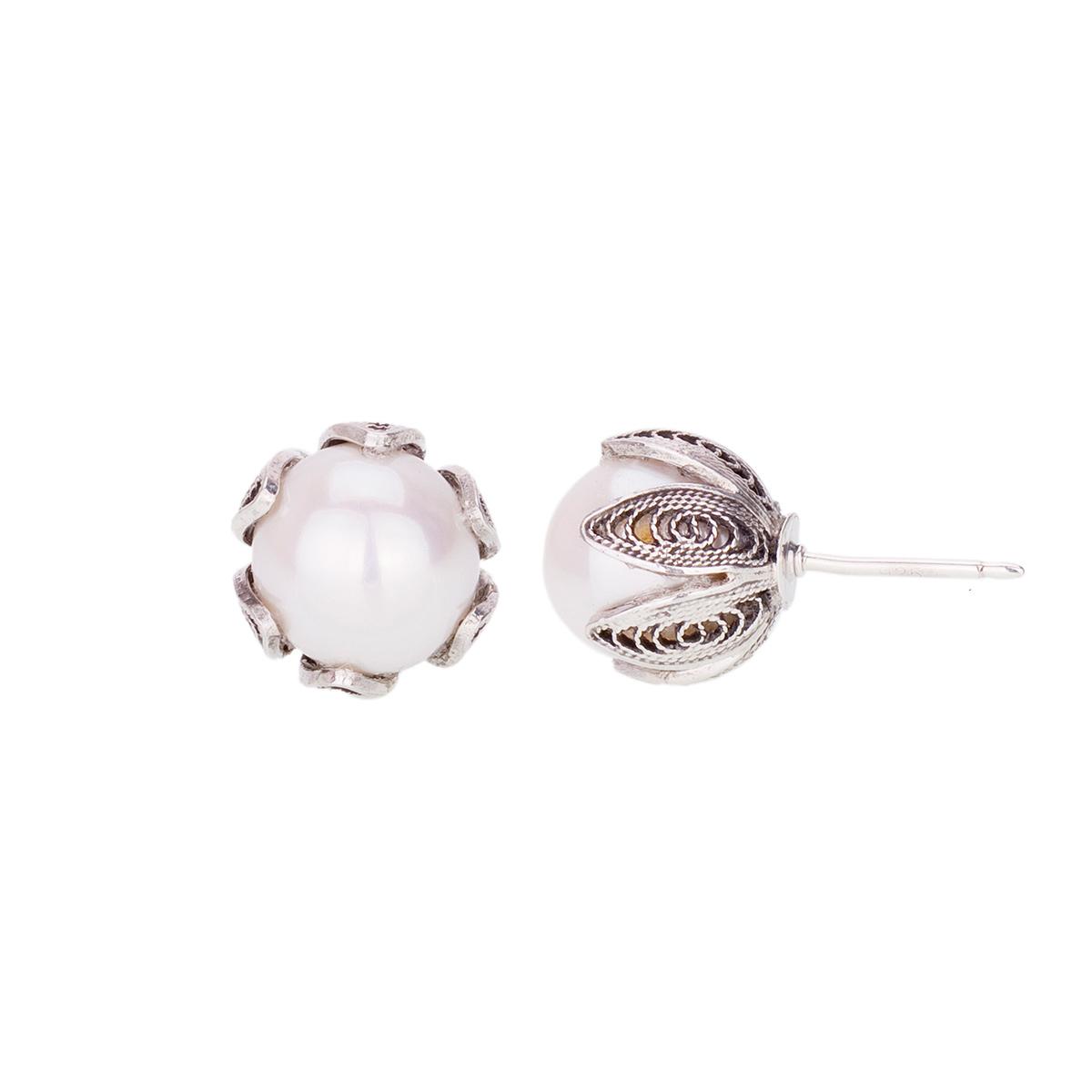 YvoneChrista-E237-White-Pearl