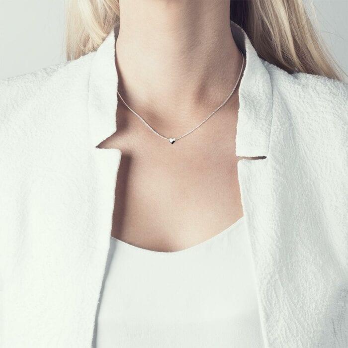 isabel-lennse-heart-halsband-silver-3