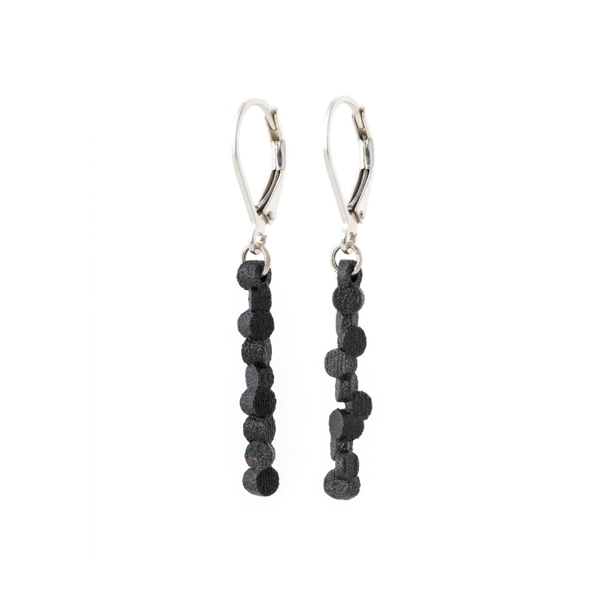 Tubii-earrings-matte-black-steel_DSC5558-Edit