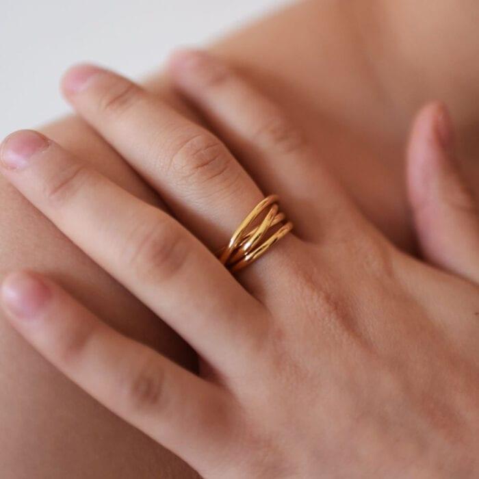 chaos-ring-guld
