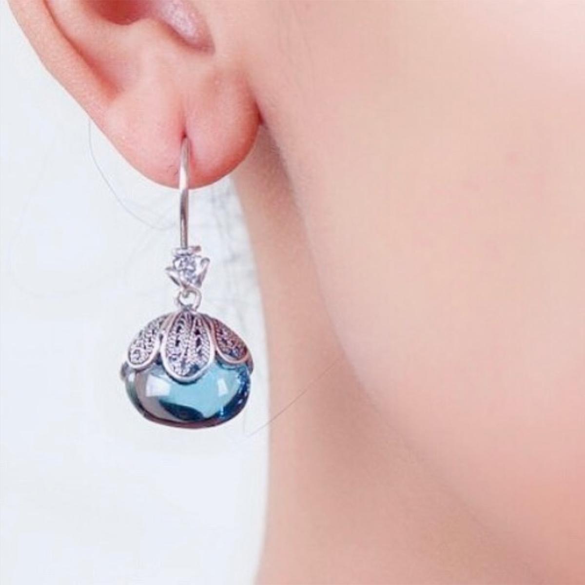 blue-earring-yvone-christa