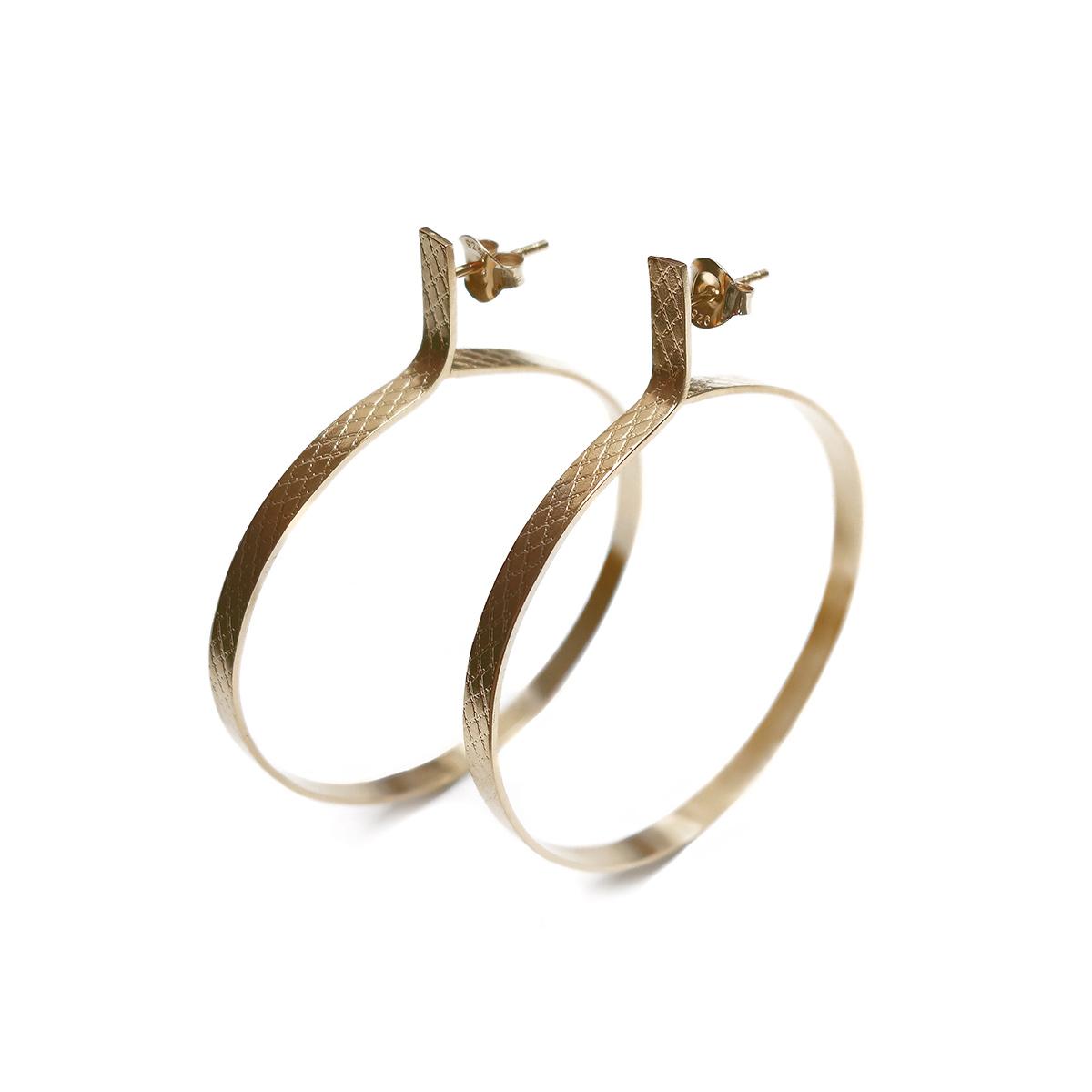 Wire-circle-earrings-GP