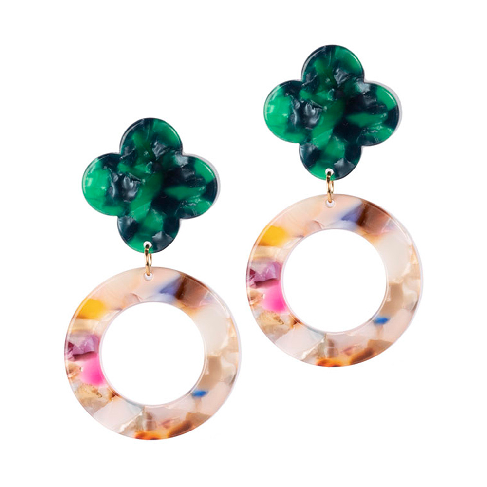resin-flower-earrings