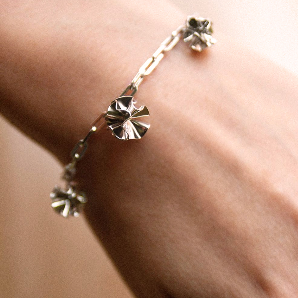 hedvig-bracelet-gold