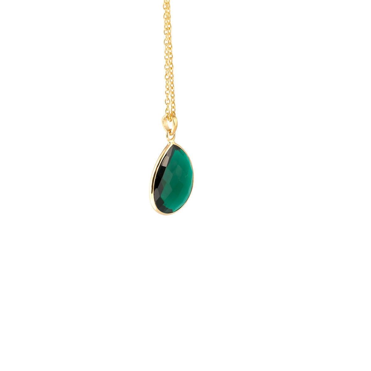Maja-Golden-Emerald-hange