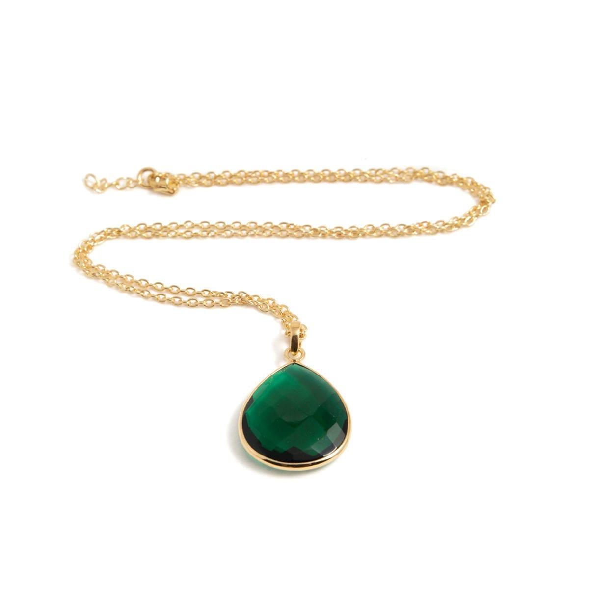 Maja-Golden-emerald-liggande-II