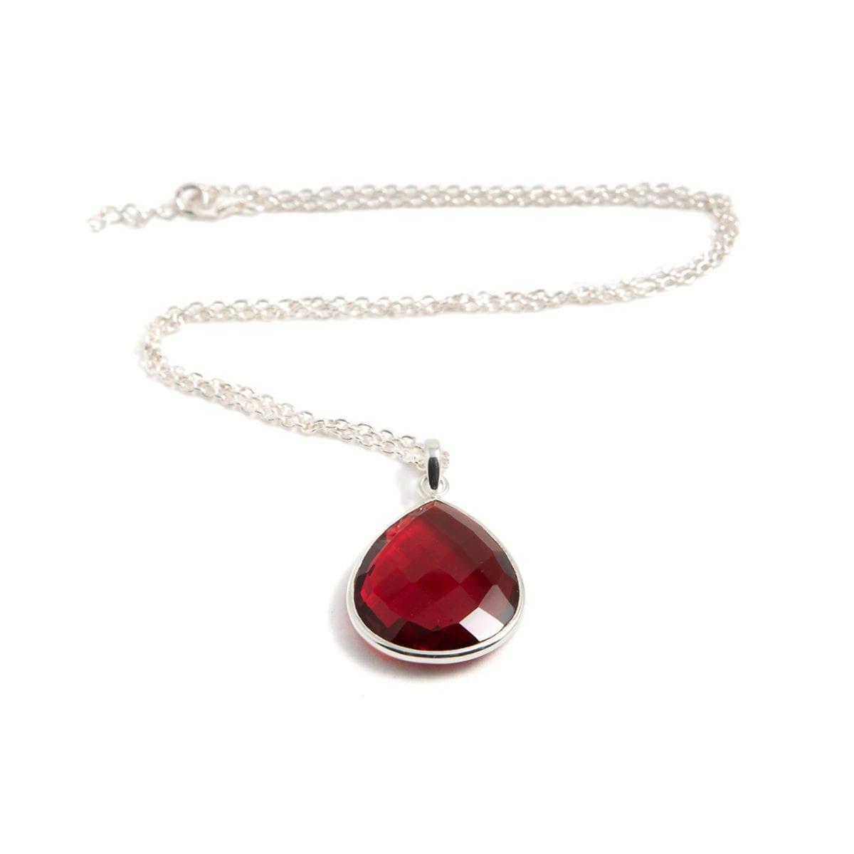 Maja-Silver-Ruby-liggande-I